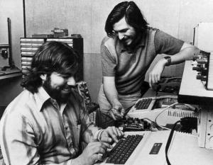Apple Computer co founders Steve Wozniak (L) and Steve Jobs.